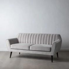 Sofá de terciopelo con dos plazas en color gris claro