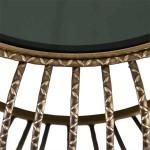Mesita de metal en color oro con detalles