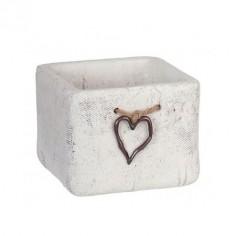 Macetero blanco de cerámica detalle corazón
