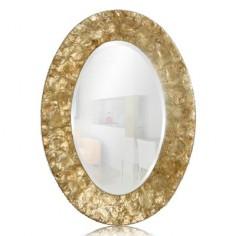 Espejo de nácar dorado con forma ovalada