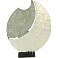 Lámpara de mesa con detalles en fibra de nácar