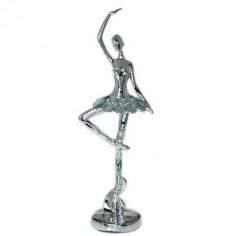 Figura fabricada en resina de bailarina en color plata