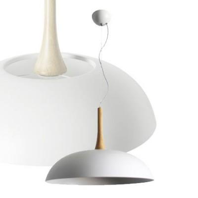 Lámpara colgante de metal con detalle de madera