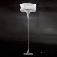 Lámpara pie de salón de piel vegetal
