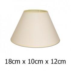 Pantalla de lámpara en color beige con formato cónico de 18 cm