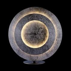 Lámpara sobremesa Times LED en pan de plata con reloj