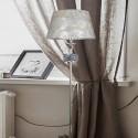 Lámpara de pie en cromo con cristales y pantalla de nácar