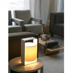 Lámpara de mesa moderna Lula-P en color blanco