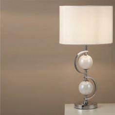 Lámpara sobremesa en cromo con bolas en cristal y pantalla textil
