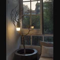 Lámpara portátil Hook LED marrón ecodiseñada plástico reciclado