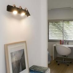 Aplique lineal Lao LED negro y cobre con tres luces