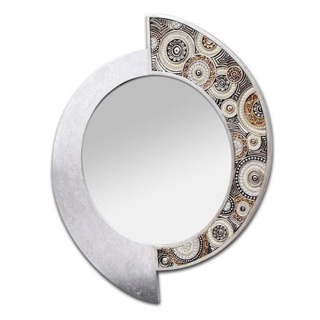 Espejo decorativo de tipo ovalado y forma llamativa en tonos plata y tierra que puedes comprar en DECORALUZ, tienda online especializada en decoración e iluminación para el hogar